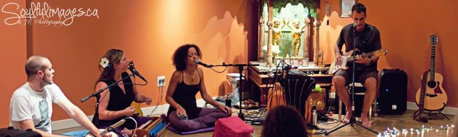 KSR at Stanton Street Yoga in NYC (photo by Julie Rousseau • www.soulfulimages.ca)