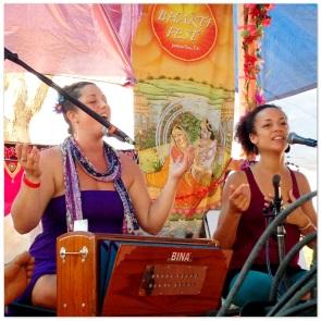 Calia & Helen at Bhakti Fest West in Joshua Tree, CA (photo by Amy Dawn Verebay)