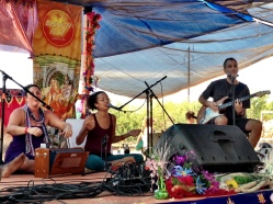 KSR at Bhakti Fest West in Joshua Tree, CA (photo by Jennifer Mazzucco)