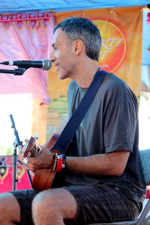 Todd at Bhakti Fest West in Joshua Tree, CA (photo by Shanti Scribe • www.shantiscribe.com)
